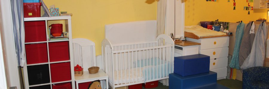 Schlafbereich (2) & Wickeltisch